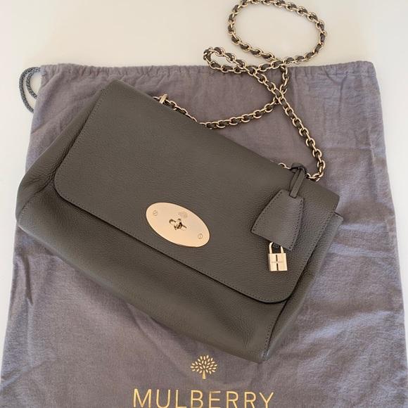 6c87b7f27391 Mulberry Medium Lily. M 5c4a4e6f0cb5aa7a8e915772